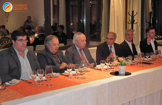 Eleições no PSD. Paulo Cunha apoia Santana Lopes