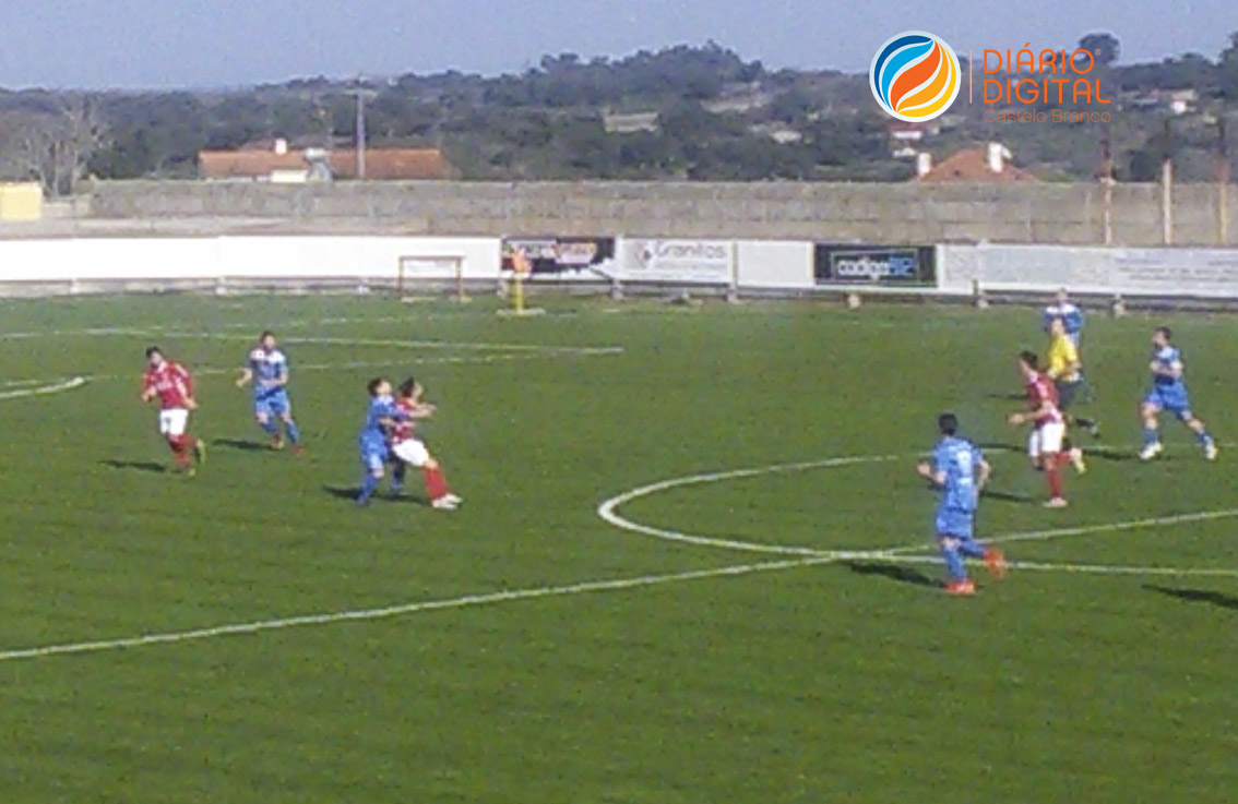 Diário Digital Castelo Branco - Benfica e Castelo Branco goleia ... f4f278ff54f97